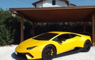 Lamborghini Huracan Performante - Luxury Garage Service