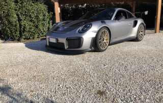 Porsche 991 GT2 RS - Luxury Garage Service