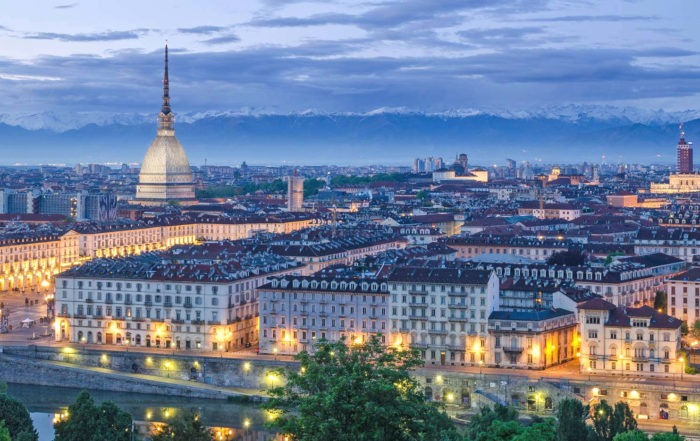 Rent a luxury car in Turin