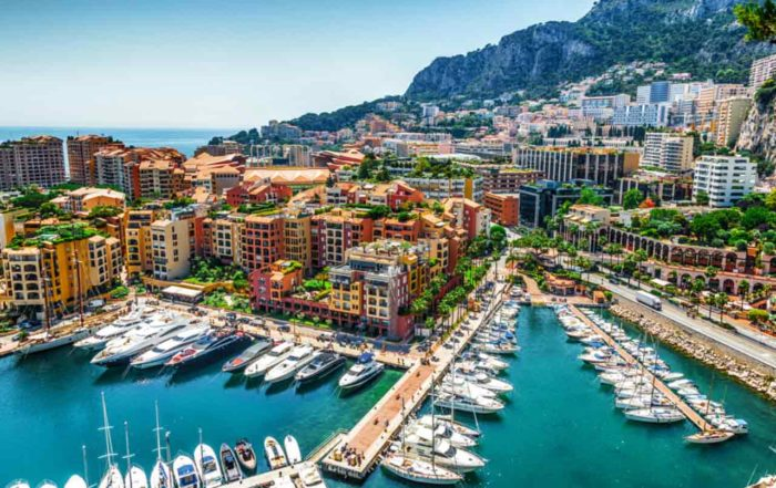 Rent a Luxury car in Montecarlo